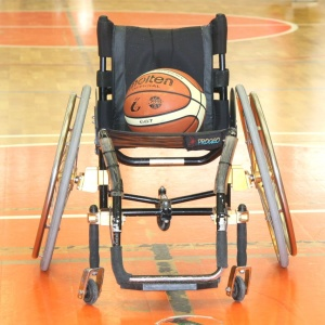 basket in carrozina per atleti disabili