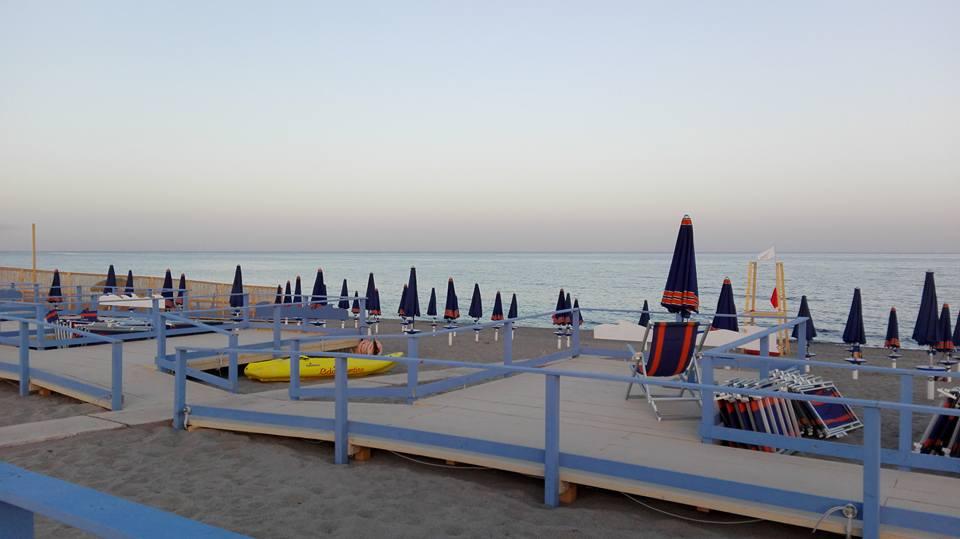 valentino-beach-club-stabilimento-balneare-accessibile-2