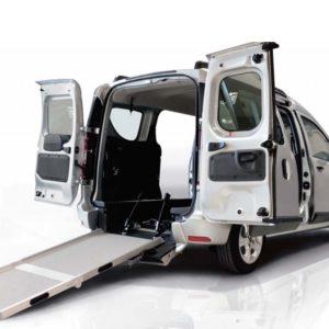 Dacia Dokker Tech allestimento auto trasporto disabili in carrozzina