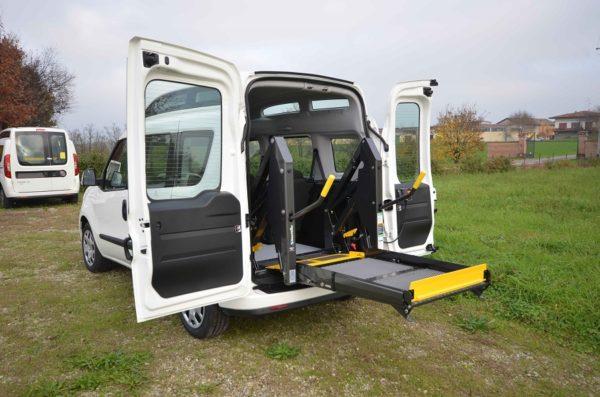 Fiat Doblò 2020 Tetto Alto per trasporto disabili 04