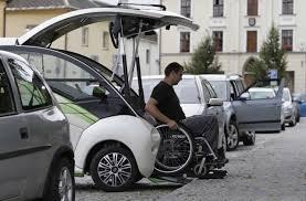 ELBEE Auto Hi-Tech per Disabili 8