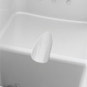 Incavo Igiene Intima-vasca-con-sportello-per-disabili-e-anziani1