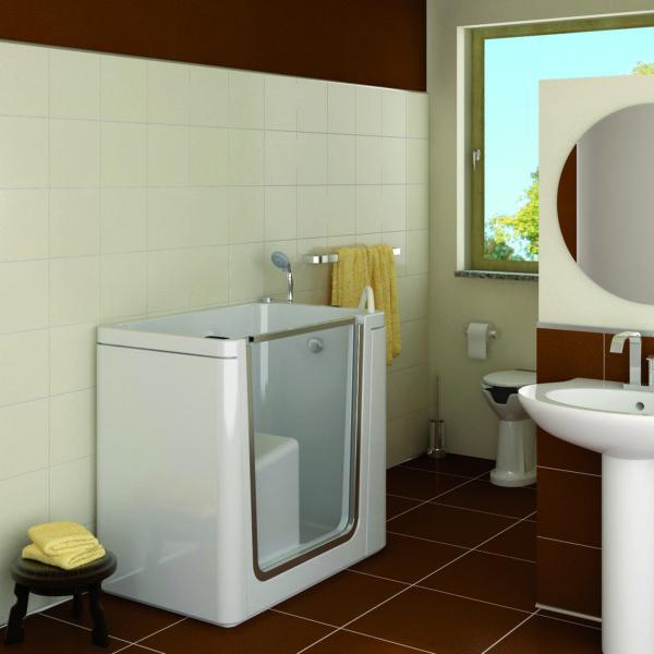Vasche da bagno con sportello bagni per anziani for Vasca per stagno