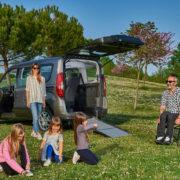 Fiat-Doblo-Trasporto-Disabili-Focaccia-Group_2