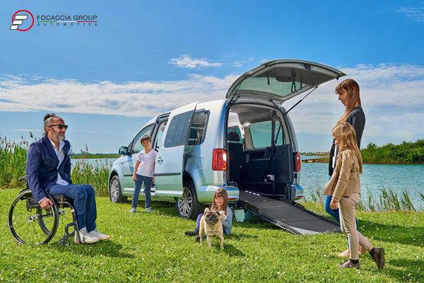 Volkswagen-Caddy-Maxi-Disabili-FocacciaGroup_2