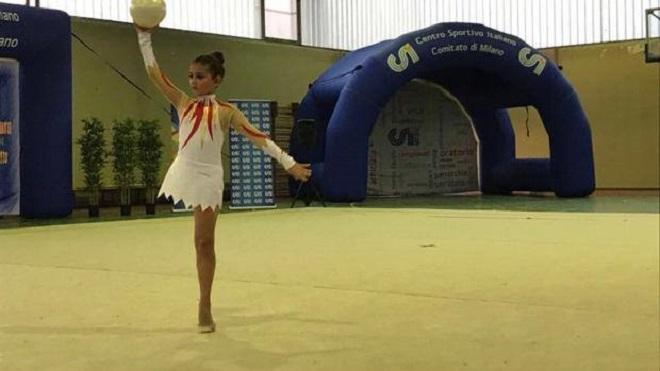 Giorgia, ginnasta che gareggia con una sola gamba