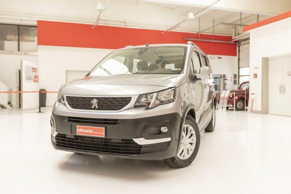 Peugeot Rifter passo corto per trasporto disabili 00