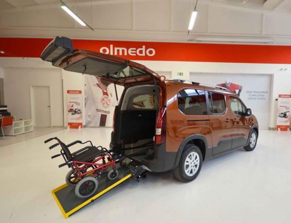 Fiat Doblò Pianale Ribassato passo lungo per disabili