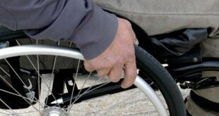 Sedia a rotelle per disabili usata