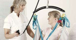 Sollevatore a bandiera per anziani o disabili allettati