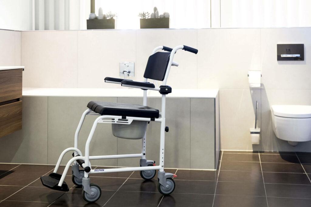 Carrozzine doccia impermeabile per bagno disabili e anziani
