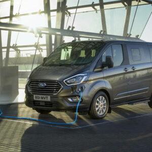 Ford Transit Custom Plug-In Hybrid auto per disabili