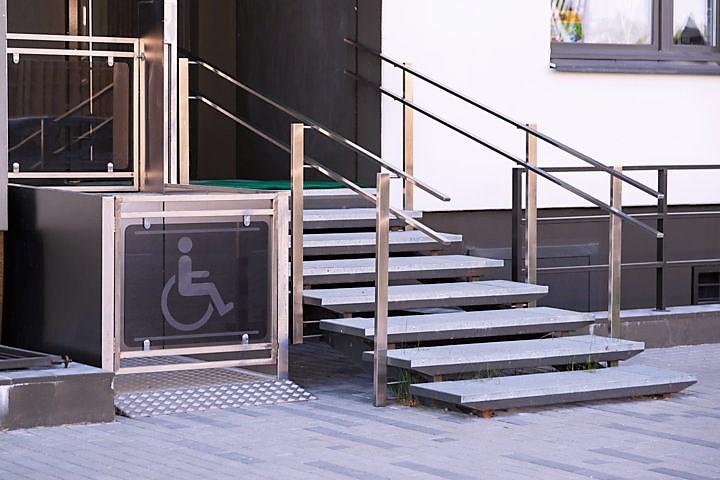 Montascale e Ascensori per disabili e anziani